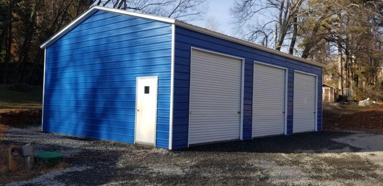 Workshop with garage doors